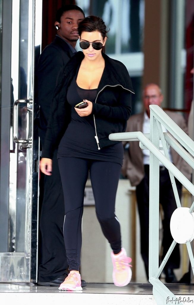 1000+ Images About Gym Outfit Ideas On Pinterest | Kim Kardashian Gym Outfits And Early Morning ...