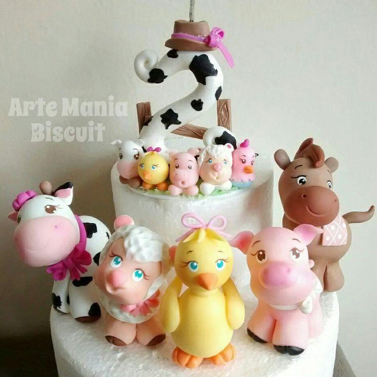 vela e topo de bolo  tema fazendinha. contato: eanneartebiscuit@hotmail.com  Arte Mania Biscuit