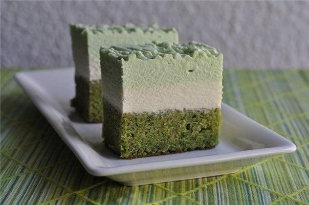 Фисташковый торт с зеленым чаем