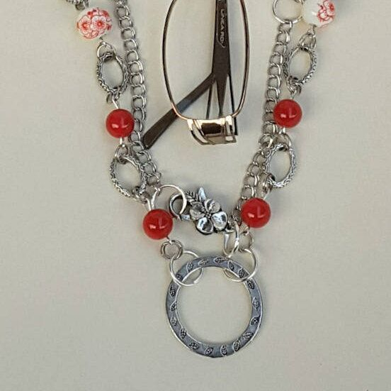 Hey, I found this really awesome Etsy listing at https://www.etsy.com/au/listing/539434073/red-and-white-eye-glass-chain-glasses