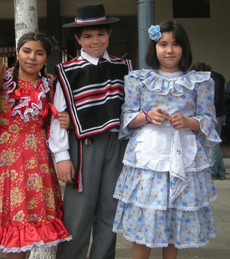 Students elebrating Fiestas Patrias.
