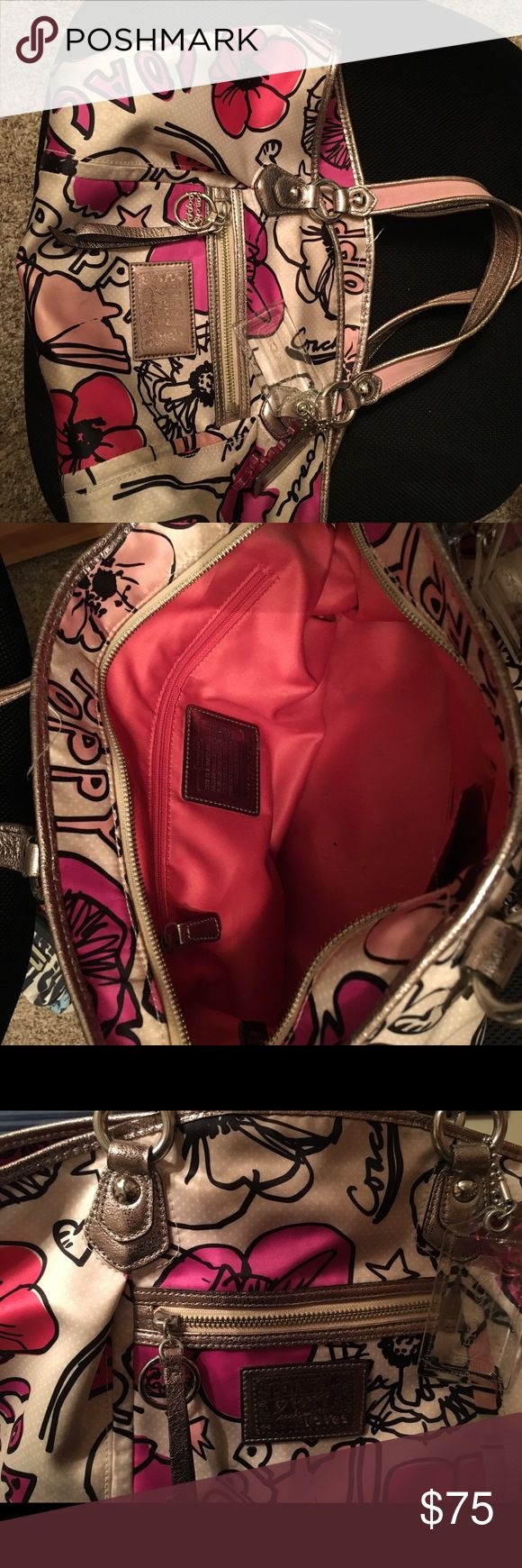 Coach Poppy Purse Beautiful Coach Poppy purse.  Used with some wear and tear but still in great shape. Smoke free home Coach Bags Shoulder Bags