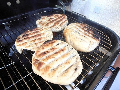 Südafrikanisches Grillbrot auf dem Grill gebacken - Mein Kochsportverein