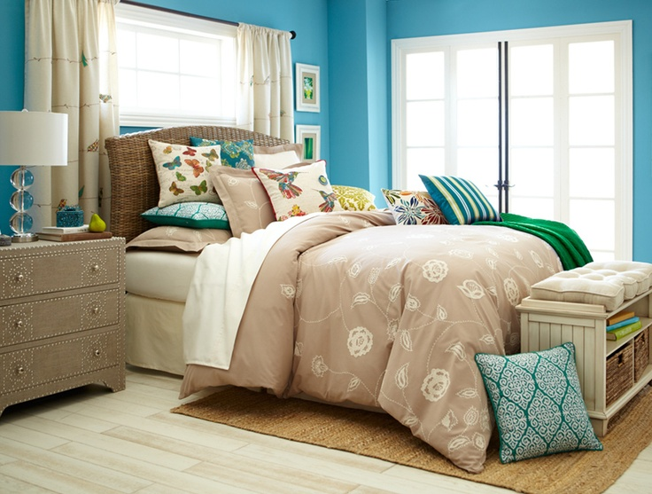 Contemporary's Cool: Pair neutral bedding with cool tones for a fresh look