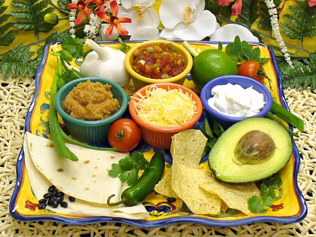 Celebrate Cinco de Mayo With Popular Mexican Foods Made At Home
