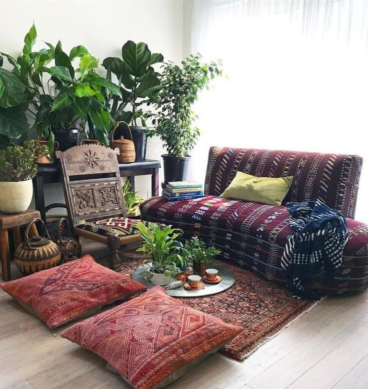 45 Pretty Bohemian Style Decoration Ideas For Your Living Spaces Meditation Room Decor Meditation Room Design Zen Room
