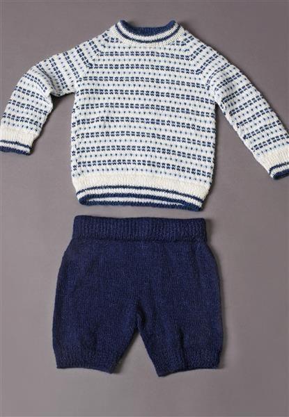 1410: Modell 6 Raglangenser og kortbukse #alpakka #strikk #knit