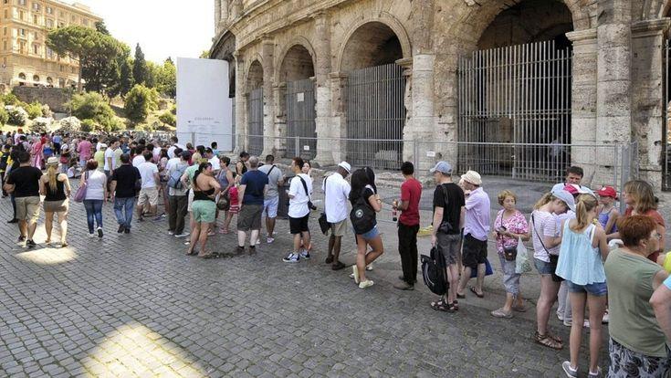 Catania - Corso di preparazione all'esame di guida turistica - http://www.canalesicilia.it/catania-corso-di-preparazione-allesame-di-guida-turistica/
