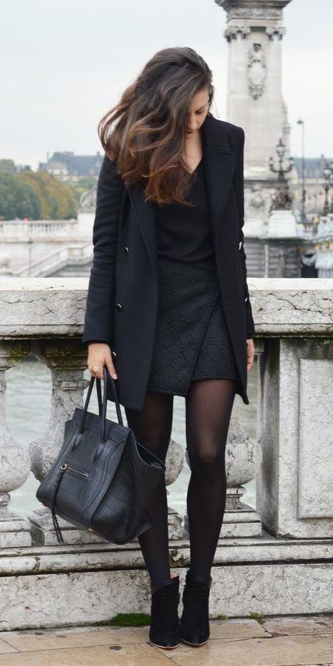 god i love an LBD / Robe noir courte