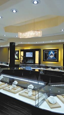 Jewelry Store Design & Lighting by Leslie McGwire, via Behance
