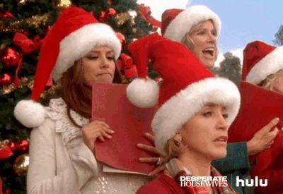New party member! Tags: tv christmas abc hulu desperate housewives eva longoria felicity huffman gabrielle solis lynette scavo christmas carols