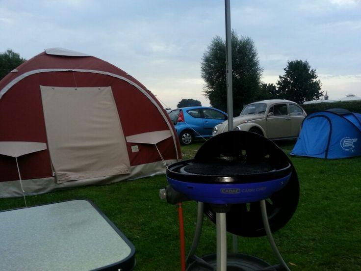 Karsten tent/oldtimer kever Maasplassen Roermond