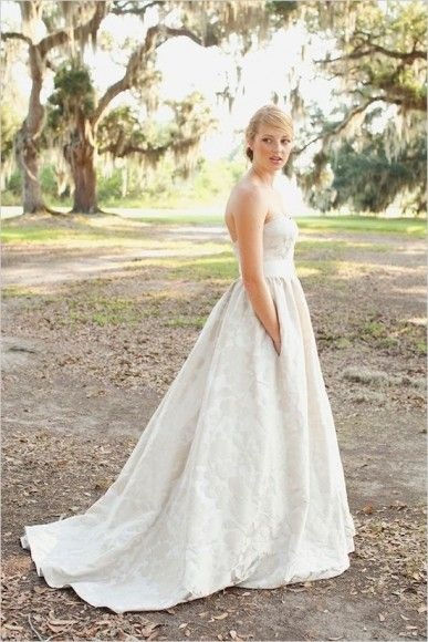 Unconventional wedding dress - wedding dress with pocket