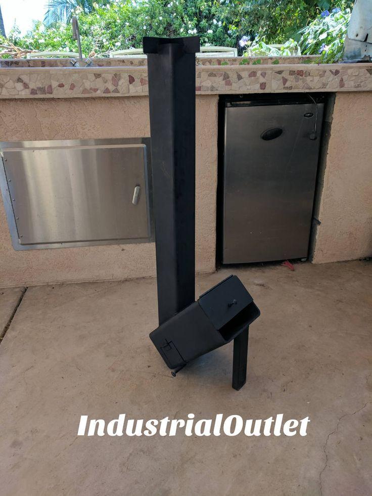 Ce poêle fusée a été fait avec un 4 x 4 x 3/16 tube vertical avec un 6  x 8  x 1/4» bois/air brûler chambre.  -Ce poêle est conçu pour faire bouillir l'eau ou cuire les aliments à hauteur debout qui est environ 36 sur le sol.  -bois et chambre à air sont divisés en 2 sections pour assurer l'air est aspiré sous le bois.  -Il y a une porte pour vider facilement les cendres et le métal déployé pour empêcher le bois non brûlé de bloquer les voies respiratoires.  -Poêles fusée sont...