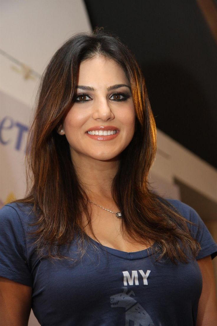 Sunny Leone: more pics, updates and videos here http://www.unblock.pk/