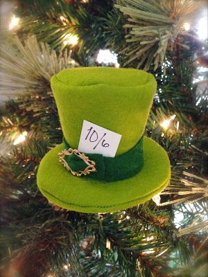 DIY Disney 12 Days of Christmas Ornaments | Mad Hatter's Top Hat