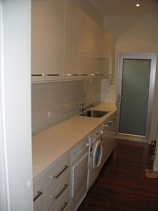 benchtop/sink etc with overhead cupboards