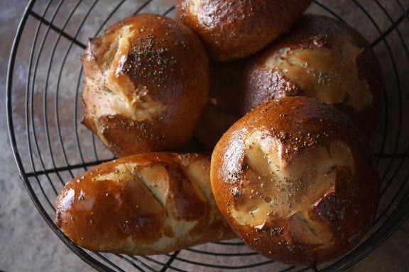 pretzel hamburger buns recipe - FANTASTIC recipe, but (note to self ...