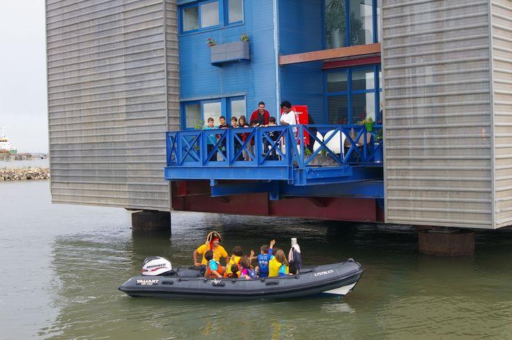 Nada melhor que um passeio de barco para divertir a pequenada! Escolha uma festa de aniversário na Marina Parque das Nações, com curso de pequeno Marujo.