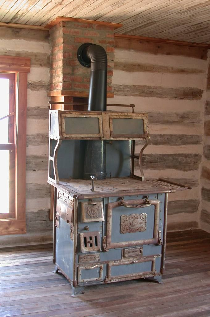 Interior Of Pioneer Log Cabin Bing Images Country