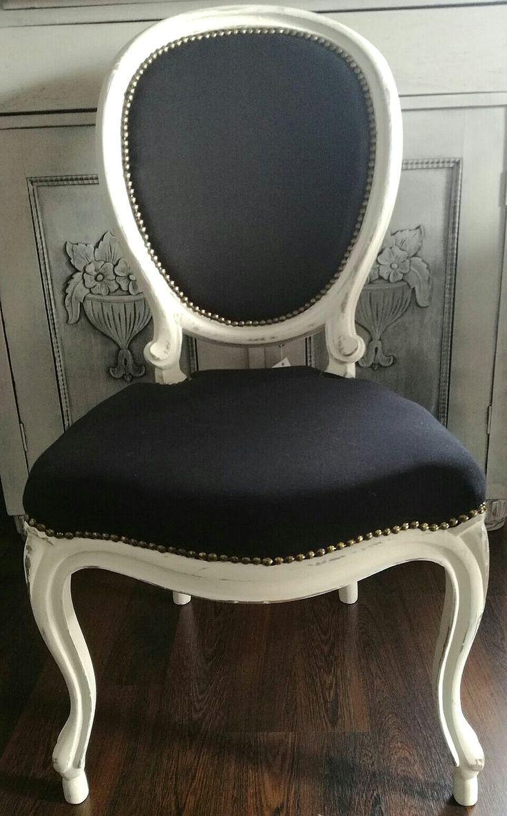 krzesła medaliony Annie Sloan