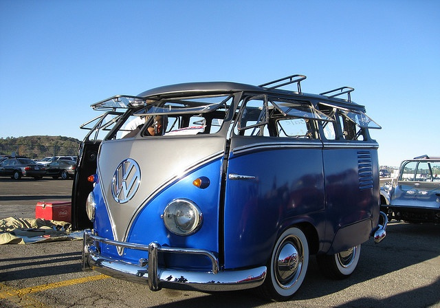 VW Mini Bus