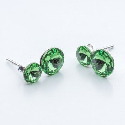 Swarovski Rivoli Earrings 6/8mm Peridot  Dimensions: length:1,5cm stone size: 6mm and 8mm Weight ~ 1,60g ( 1 pair ) Metal : sterling silver ( AG-925) Stones: Swarovski Elements 1122 SS29 ( 6mm ) and SS39 ( 8mm )  Colour: Peridot 1 package = 1 pair