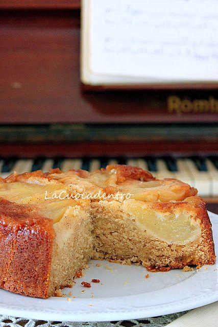 Dopo aver assaggiato questa torta, posso affermare, con assoluta certezza, che è uno dei dolci alle pere più buoni che io abbia mai mangiato! Morbida, umida, profumatissima...se amate le spezie, non lasciatevela scappare!! ;-) La ricetta è tratta da &qout;Cucina moderna oro&qout;, l'ho seguita all…