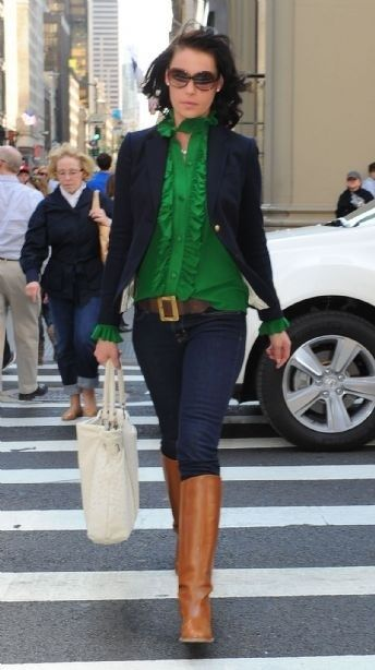 Green top, navy blazer (maybe sub sweater since I hate blazers) jeans and boots