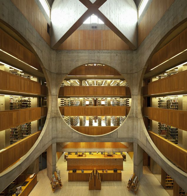 A striking combination of wood and concrete in the Phillips Exeter Academy Library, built in 1965 in Exeter, New Hampshire