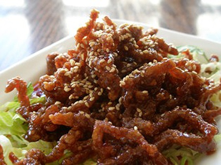 Crispy shredded beef yummy food pinterest favorite for Giant chilli thai