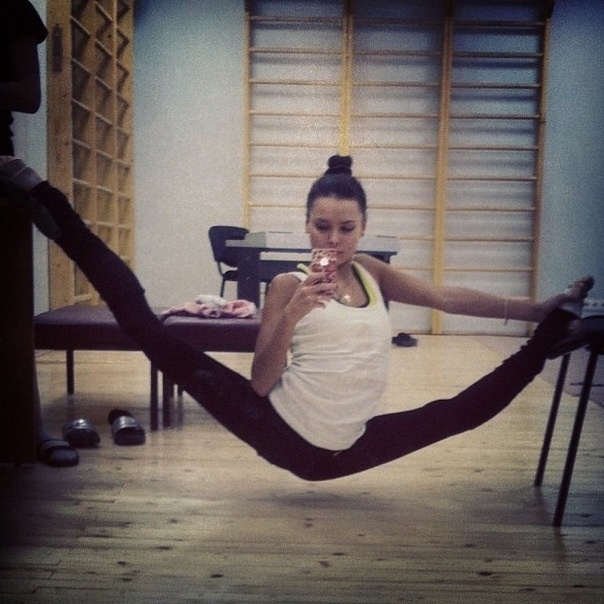 Trofimova rhythmic gymnastics dont miss over splits!