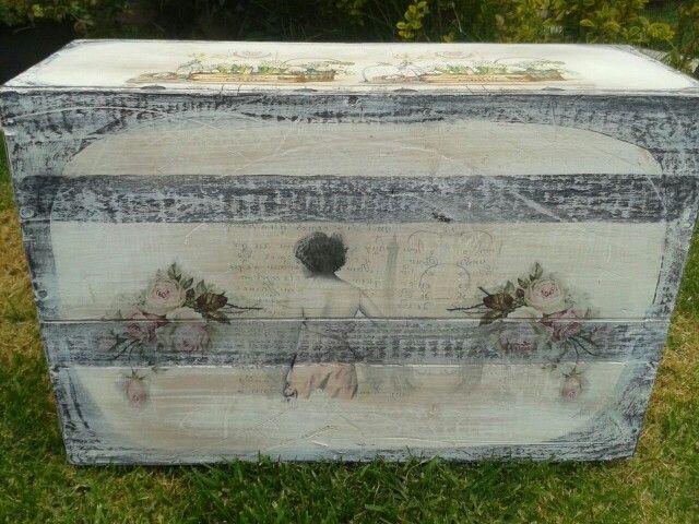 Caja de vino vintage