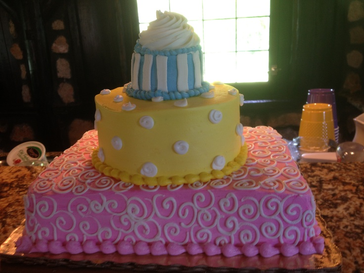 birthday cake ! a publix wedding cake made smaller :P with a cupcake on top!!