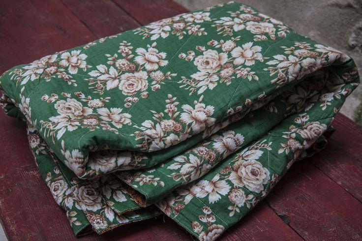 Anik fransk sengetæppe fra Juul & Dolores Antique green french bedspread