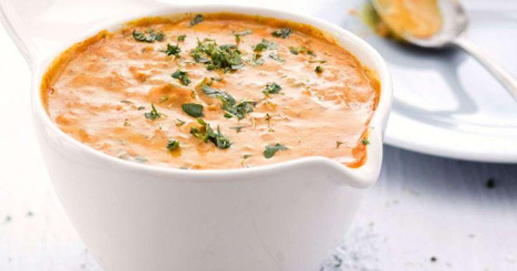 Maistuisiko arkiruokien ikiklassikko broilerikastike? Tällä reseptillä valmistuu maukas ja kauniin värinen kanakastike ilahduttaamaan arki-iltoja. Suosittelemme