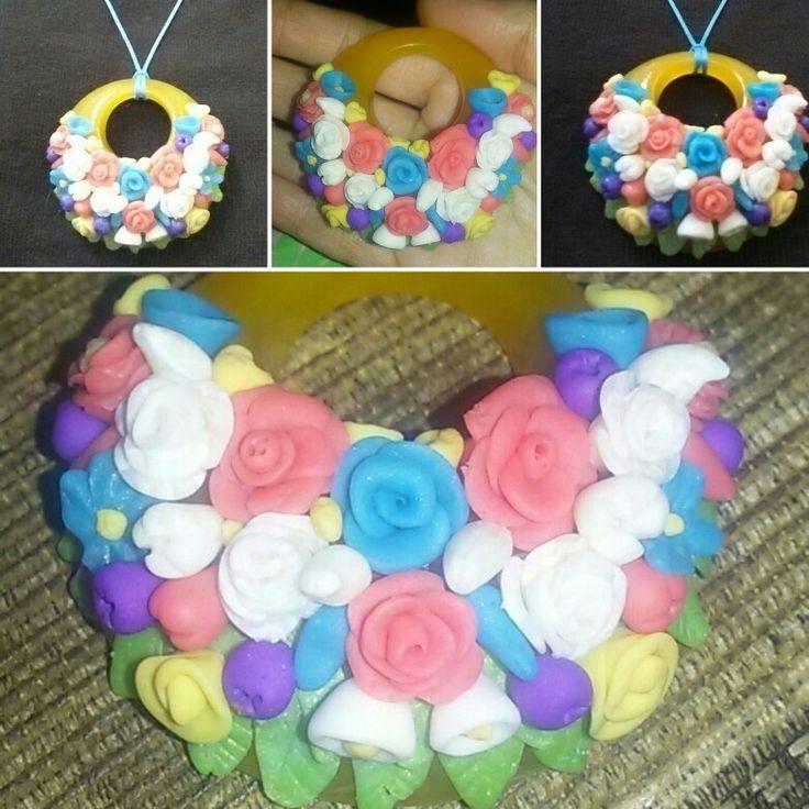 Цветочный кулон