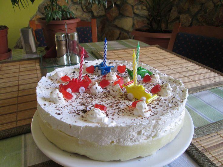 Születésnapi Krémes torta!