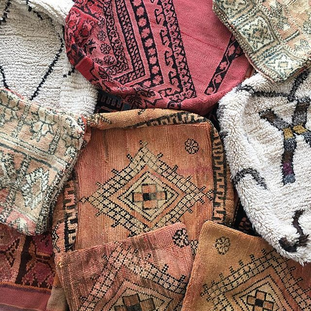 "Today at 2pm EST we have some serious Moroccan goodness coming your way Boujad, beni ourain & boucherouite floor pillows and Boujad pillows in 19""19"" & 23""x23"" And....we have a surprise rug for you guysCheck out the top left of this pic for a little hint . . . . . . #mybohomestyle #apartmenttherapy #howiboho #modernhome #finditstyleit #howyouhome #homedecor #interiordesign #bohemianhome #mycovetedhome #myoklstyle #dsnicerug #currentdesignsituation#shopsmall #jungalow #jungalowstyle #bhg..."