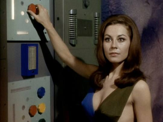 """Sherry Jackson as the android Andrea in the STAR TREK episode """"What Are Little Girls Made Of?"""" (1966)."""