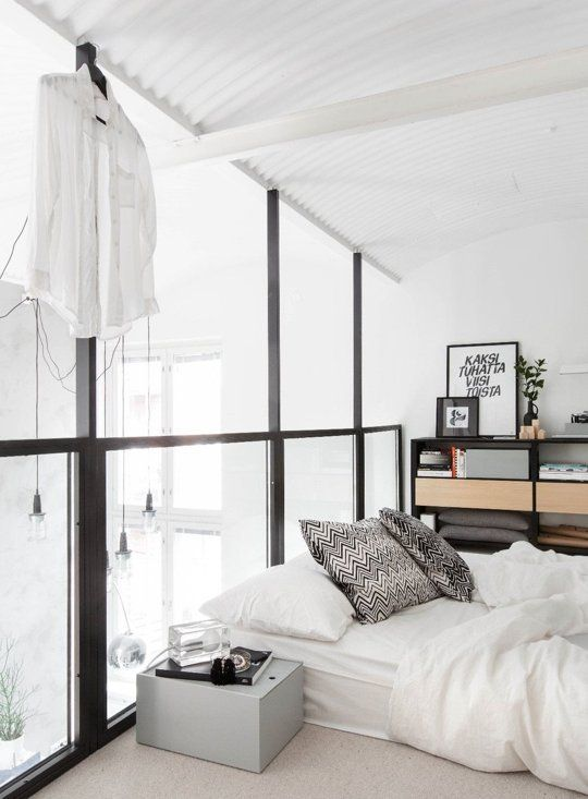 Covetable Minimalism in a Scandinavian Loft | Apartment Therapy