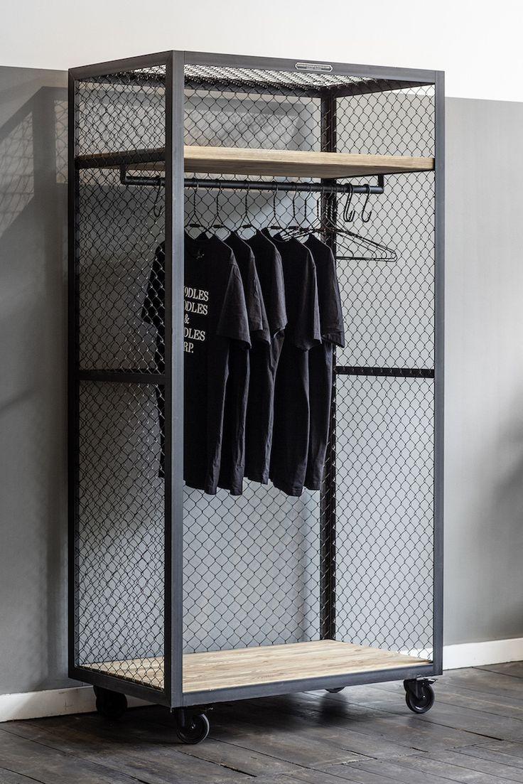 die besten 25 kleiderstange holz ideen auf pinterest kleiderst nder holz kleiderstange. Black Bedroom Furniture Sets. Home Design Ideas