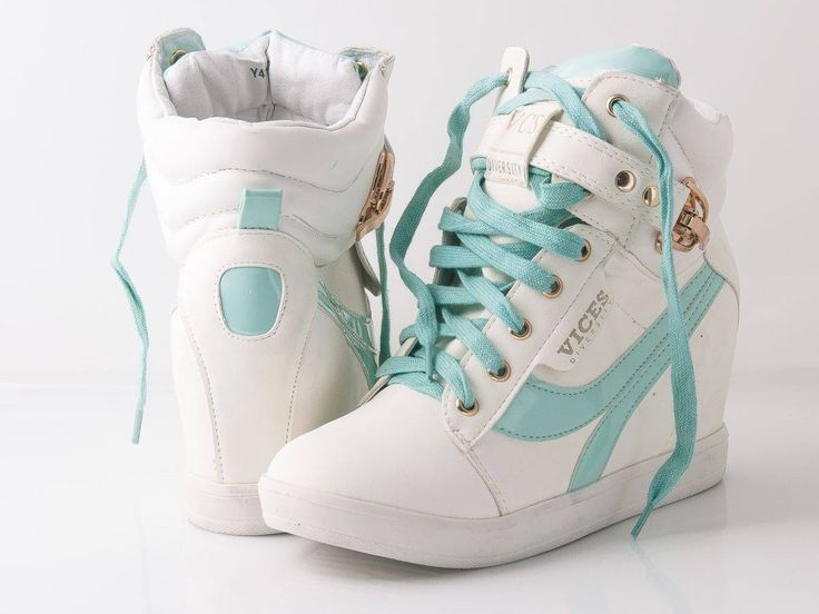 Modne, stylowe, super cena. BUTY!!!  #sneakers #tiffanyblue #white #sport #fashion #kotwbutach
