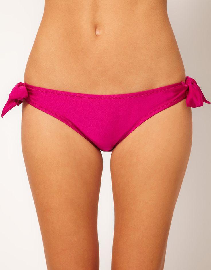 €14, Braguitas de Bikini Rosa de Pour Moi. De Asos. Detalles: https://lookastic.com/women/shop_items/271179/redirect