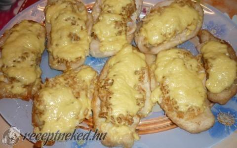 Almás csirkemell sajtos rizsgombóccal