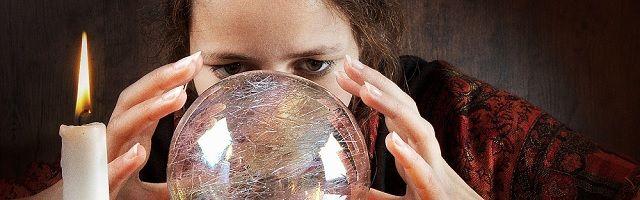 Werklozen opgeleid tot helderzienden via UWV - http://www.ninefornews.nl/werklozen-opgeleid-tot-helderzienden-via-uwv/