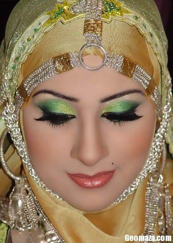 arabic makeup with green eyeshadow. this is the saudi arabian princess, fatima kulsum.