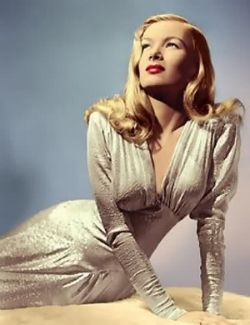 Veronica Lake and her gorgeous peep-bo hairstyle.