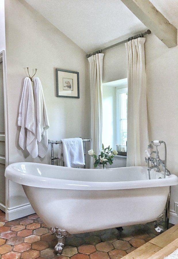 Beautiful French Farmhouse Design Inspiration French Bathroom