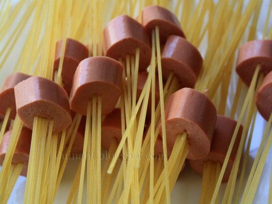 Cuinant: Espaguetis con salchicha